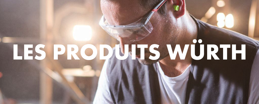 Homme portant des lunettes et présentation des produits Würth