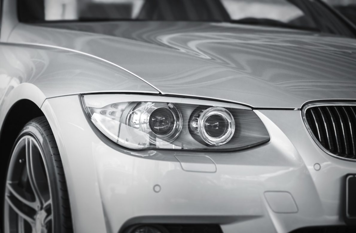 Carrosserie de voiture neuve