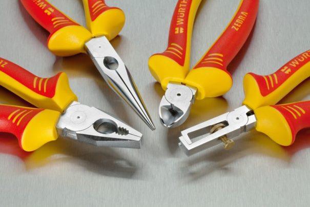 L'outillage isolé pour électriciens : les pinces VDE