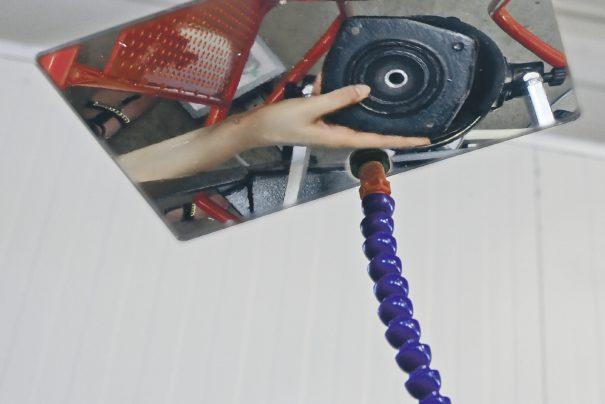 Nouveau compresseur pneumatique de ressorts pour changer les amortisseurs de véhicules