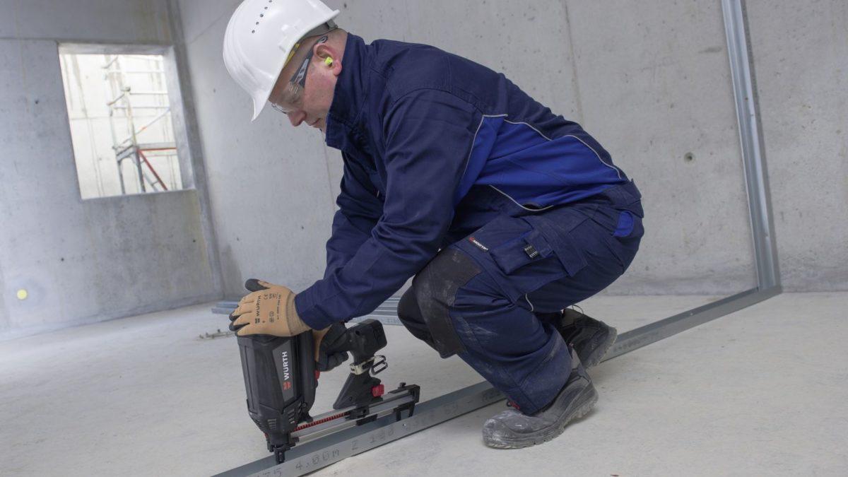 Solution fixation : le clouage à gaz pour les plaquistes