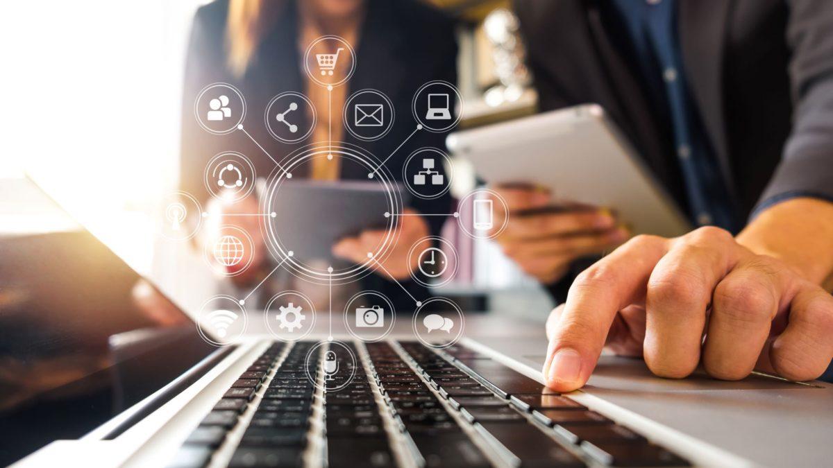 L'e-procurement (approvisionnement électronique) : la solution client expliquée par Théo, chef de projet