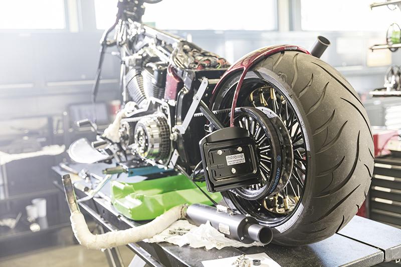 Comment nettoyer sa moto de façon efficace ?