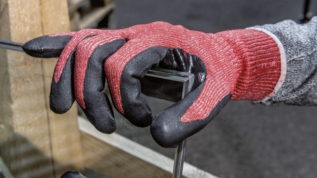 Les mains les plus exposées méritent les meilleurs gants anti-coupures